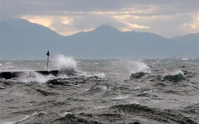 Κακοκαιρία: Μέχρι και 11 μποφόρ οι άνεμοι – Απαγορευτικό απόπλου σε ολόκληρη τη χώρα