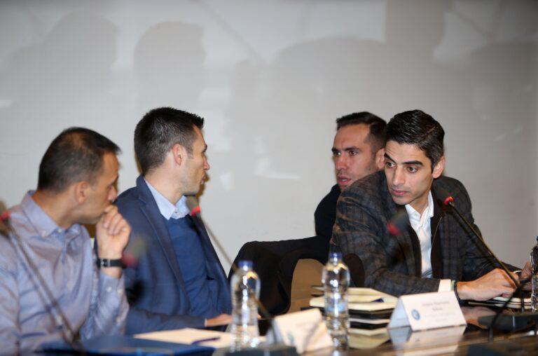 Super League: Επιστροφή στη δράση, προς άρση η αποχή των Ελλήνων διαιτητών