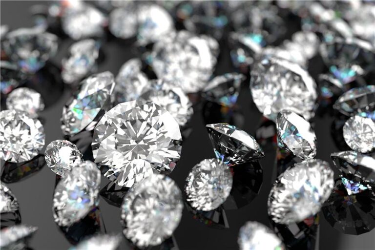 Τα πιο παράξενα πράγματα που ανακαλύφθηκαν μέσα σε διαμάντια (vid)