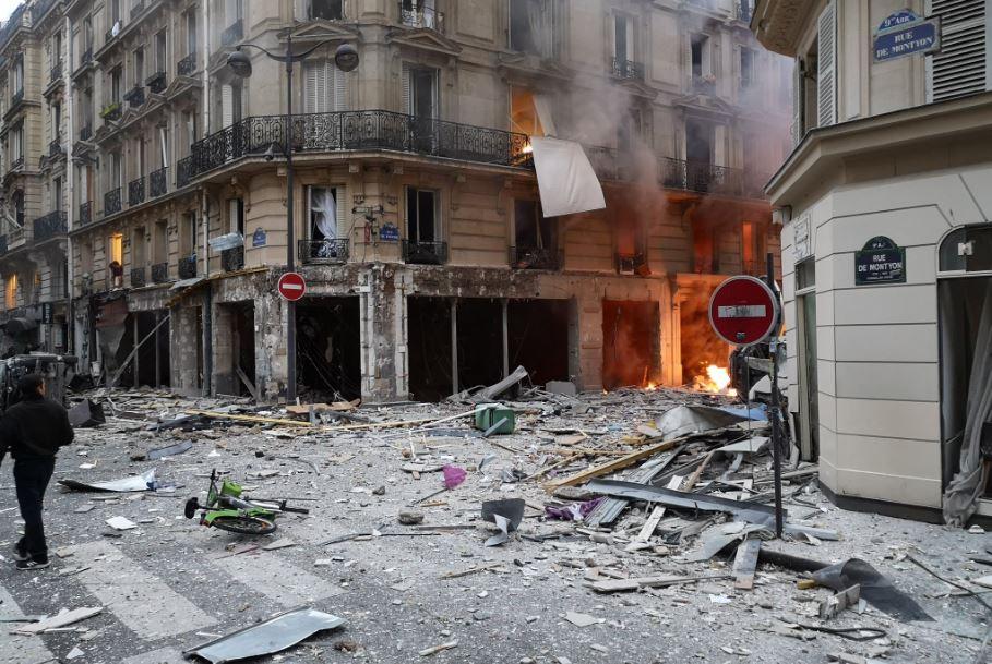 Έκρηξη στο Παρίσι: Σαν εμπόλεμη ζώνη – Νεκροί και τραυματίες (pics-vids)