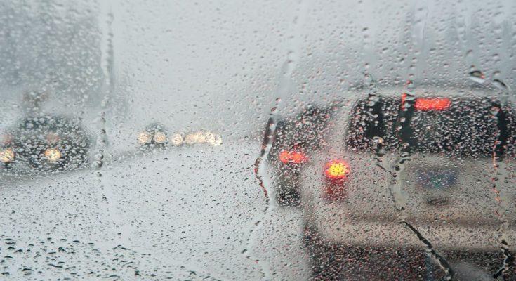 Καιρός: Σε εξέλιξη η κακοκαιρία – Βροχές και καταιγίδες σε ολόκληρη τη χώρα