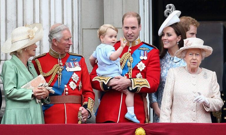 Είκοσι κανόνες που πρέπει να ακολουθεί η βασιλική οικογένεια (vid)