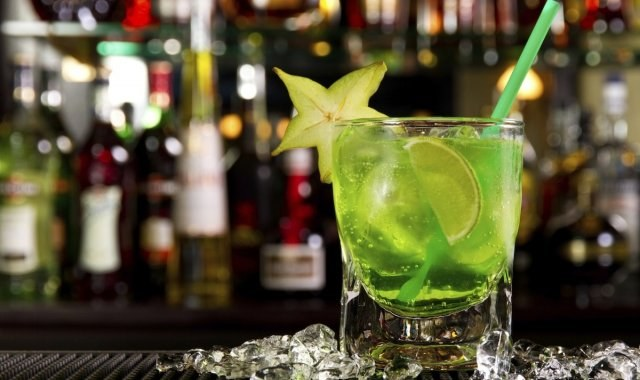 Αποσύρεται ποτό επειδή προκαλεί παρατεταμένη… στύση (pics)