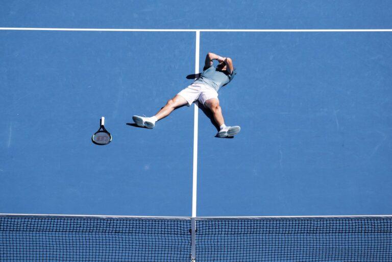 Γραφει ιστορία ο Τσιτσιπάς! Στα ημιτελικά του Australian Open! (pics& vids)