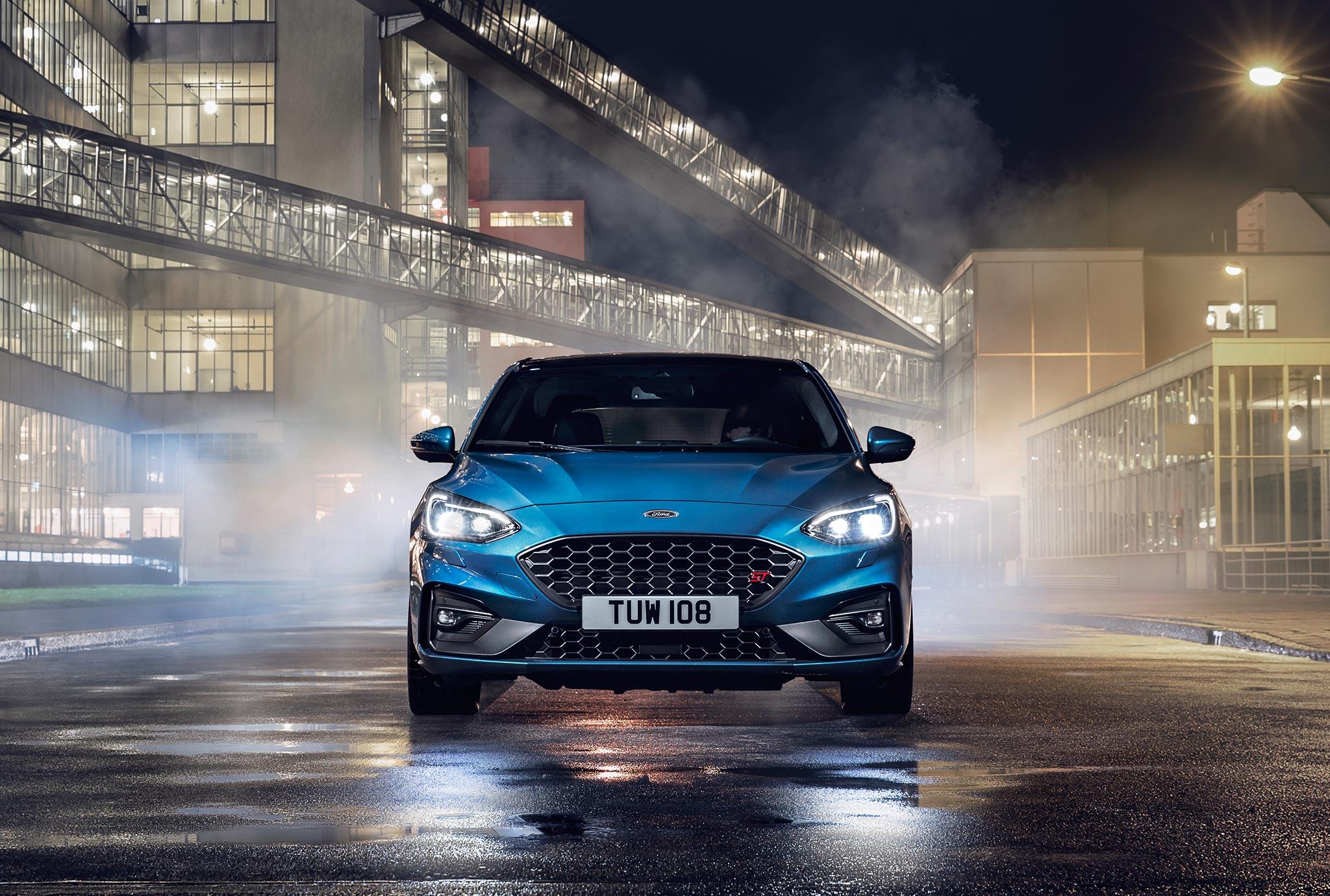 Η Ford αυξάνει το volume με το νέο Focus ST