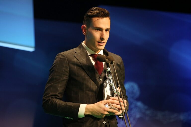 Ολυμπιακός: Ο Γιαννιώτης επιβεβαίωσε τη ρήξη