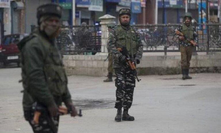 Έκρηξη με δεκαοκτώ τραυματίες στην Ινδία