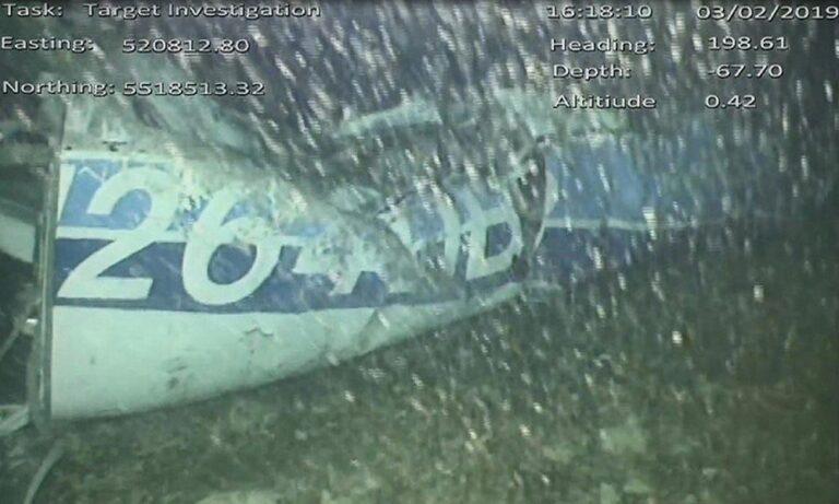 Σάλα: Χωρίς άδεια για τέτοιο ταξίδι ο πιλότος!