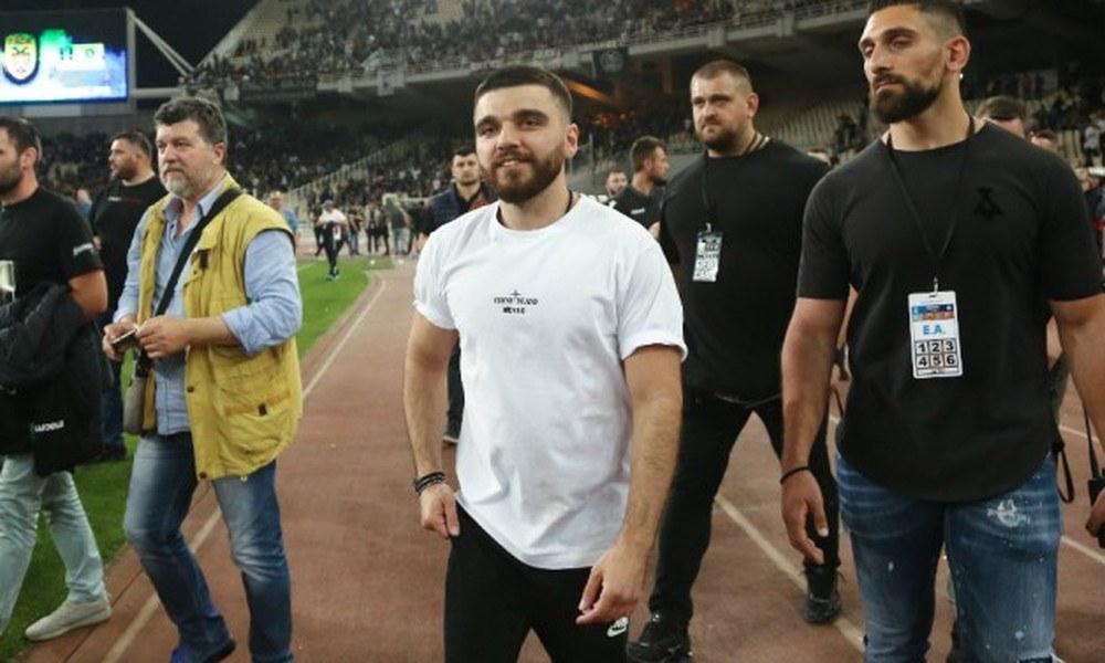 Κάνει πλάκα στον Ολυμπιακό ο Σαββίδης - Sportime.GR