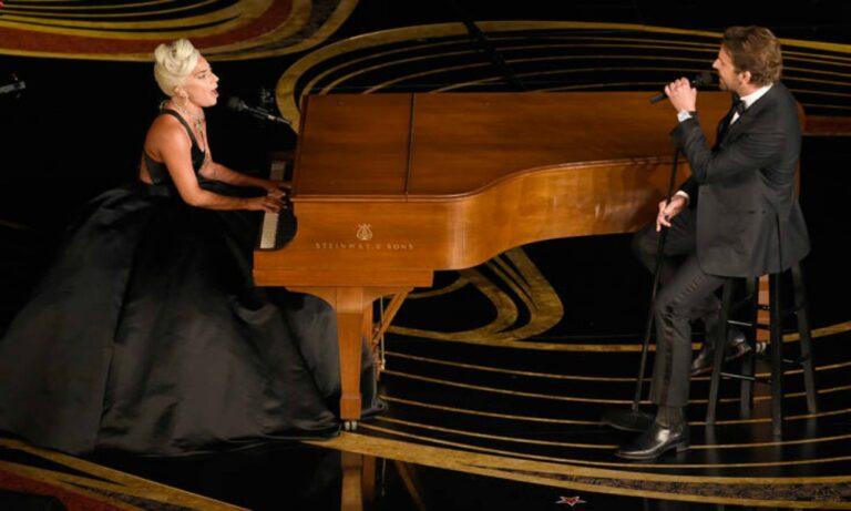 Lady Gaga: Αποθεώθηκε όταν τραγούδησε το Shallow (vid)