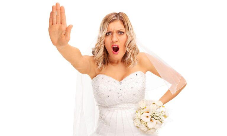 Αυτό κι αν είναι ρεκόρ: Παντρεύτηκαν και χώρισαν μέσα σε 3 λεπτά