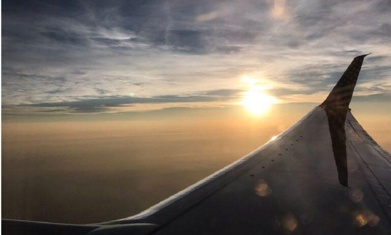 Τέξας: Καρέ καρέ η πτώση Boeing 767 (video)