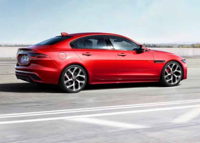 Η Jaguar XE φρεσκάρεται με έμφαση στην ποιότητα