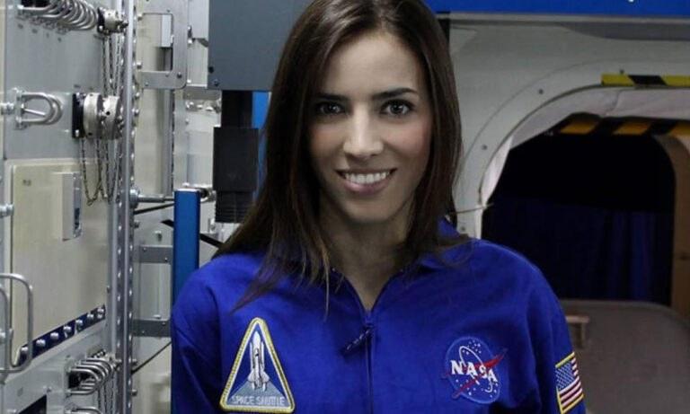 Ελένη Αντωνιάδου: Η ερευνήτρια της NASA, η πρώτη Ελληνίδα Barbie (vid)