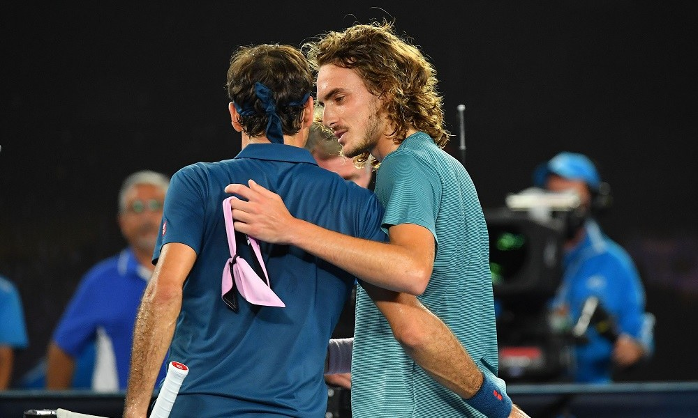 Φέντερερ για Τσιτσιπά: «Το τένις θα μείνει σε καλά χέρια» (vid)