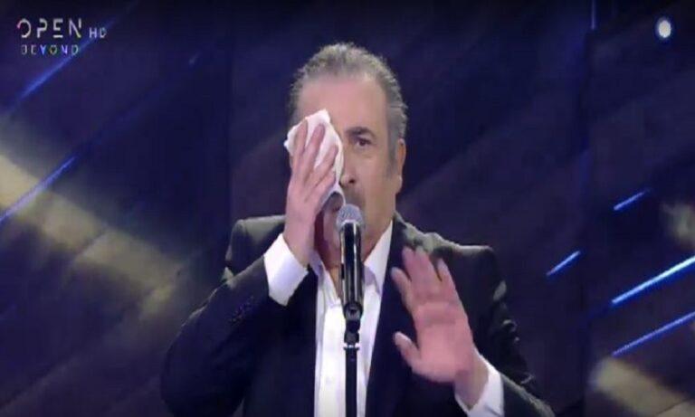 Αλ Τσαντίρι: Πρεμιέρα με… καλυμμένο μάτι ο Λαζόπουλος