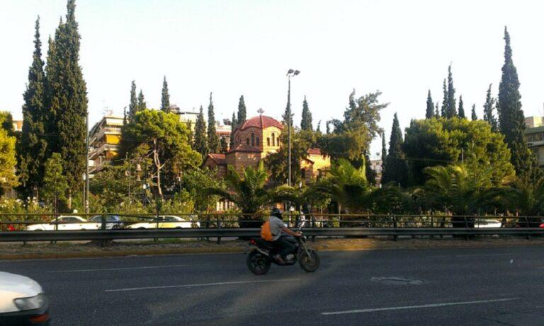 Κυκλοφορία: Χάος στη Συγγρού από πινακίδα που κρέμεται!