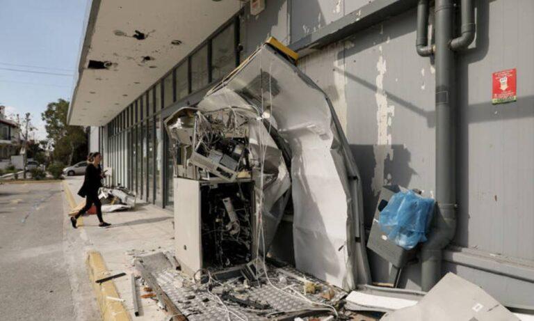 Παλαιό Φάληρο: Ισχυρές εκρήξεις σε ΑΤΜ