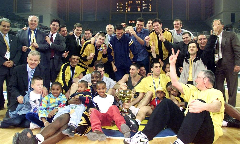 Σαν σήμερα το 2000 η ΑΕΚ επιστρέφει στους τίτλους - Sportime.GR