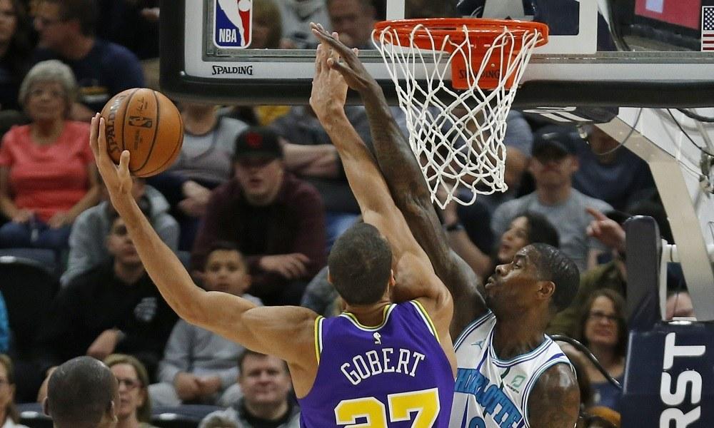 NBA: Ασταμάτητοι οι Τζαζ – Όλα τα αποτελέσματα (vids). Οι Γιούτα Τζαζ συνέχισαν την εξαιρετική πορεία τους, πετυχαίνοτας την...