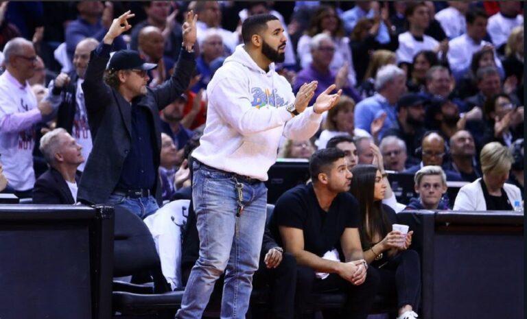 Ραδιοφωνικός σταθμός στο Μιλγουόκι δεν παίζει Drake!