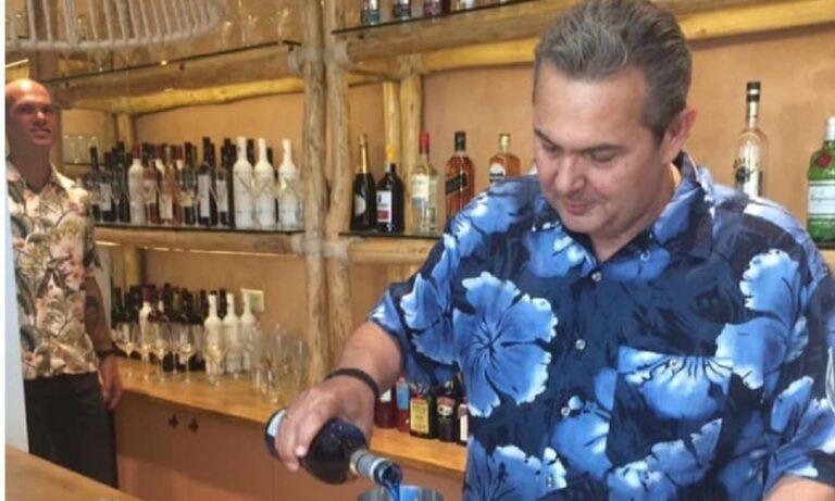 Καμμένος: Μπάρμαν με χαβανέζικο πουκάμισο (pic)