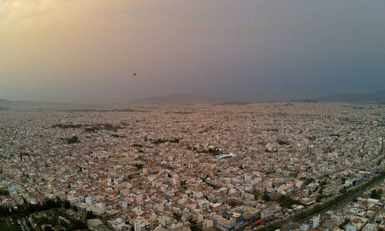 Καιρός 21 Μαΐου: Έρχεται ζέστη και σκόνη