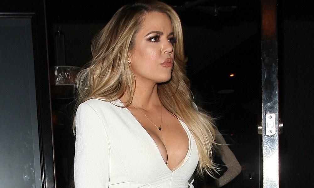 Kardashian: Η Khloe με μαγιό είναι «κόλαση» (pic)