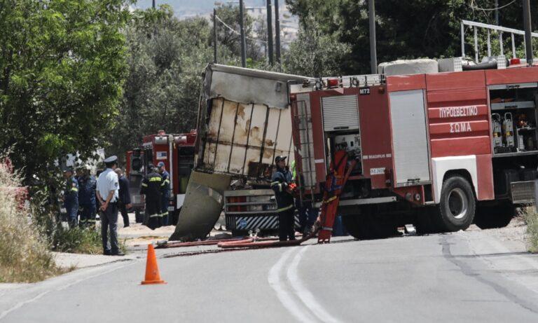 Τροχαίο στο Μαρκόπουλο: Δύο νεκροί κι ένας τραυματίας