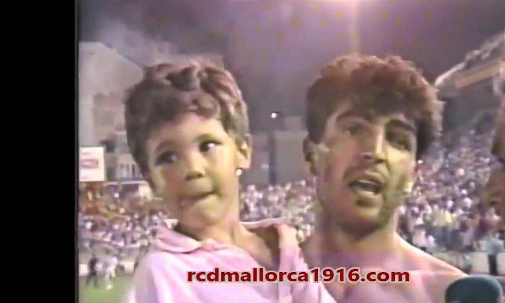 Ναδάλ: Τριών ετών στην αγκαλιά του θείου του! (vid)