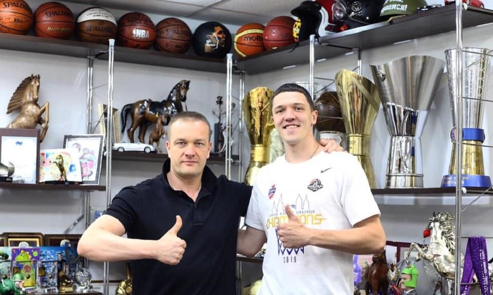 ΤΣΣΚΑ: Νέο διετές συμβόλαιο στον Αντόνοφ (pic)