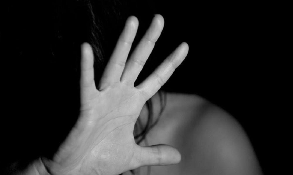 Χαλκίδα: 62χρονος βίασε 26χρονη με μπουκάλι!