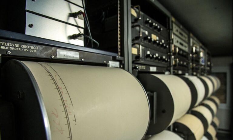 Σεισμός: Μπαράζ δονήσεων τις τελευταίες ώρες (vid)