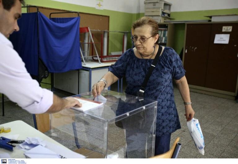 Εκλογές 2019: Ομαλά εξελίσσεται η διαδικασία στα Εξάρχεια
