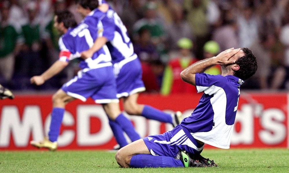 Σαν Σήμερα 1/7: Ο Δέλλας στέλνει την Ελλάδα στον τελικό του Euro (pic+vid) - Sportime.GR