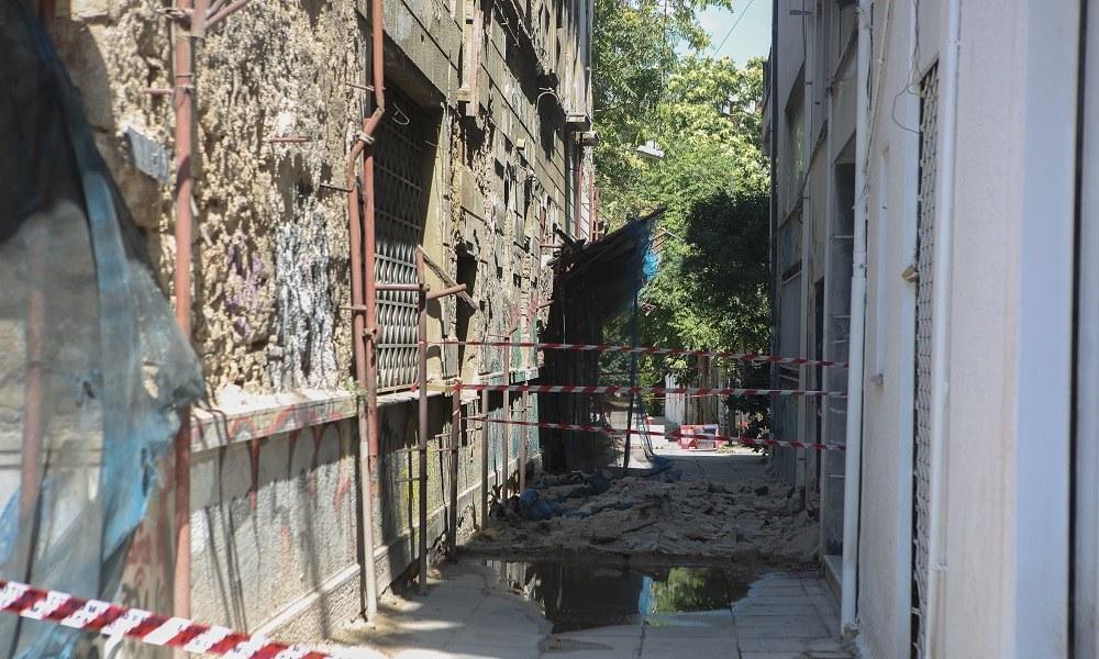 Σεισμός: Κατεδαφίζονται 13 κτήρια στην Αθήνα