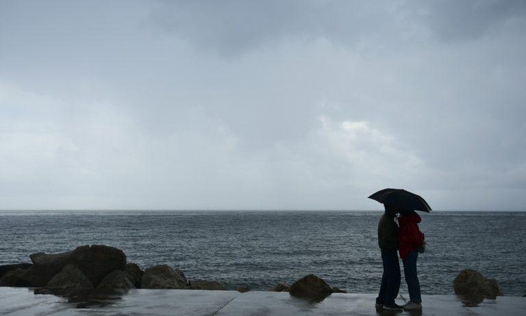 Καιρός: Βροχές και καταιγίδες στα βόρεια