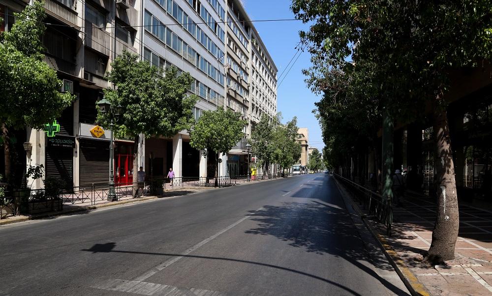 Δεκαπενταύγουστος: Η Αθήνα... πόλη φάντασμα (pics)