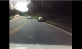 Βοστόνη: Οδηγός έγραφε SMS και έπεσε σε κολόνα (vid)