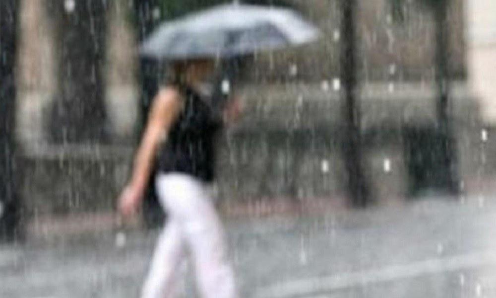 Καιρός 12/11: Βροχές, καταιγίδες και ισχυροί άνεμοι