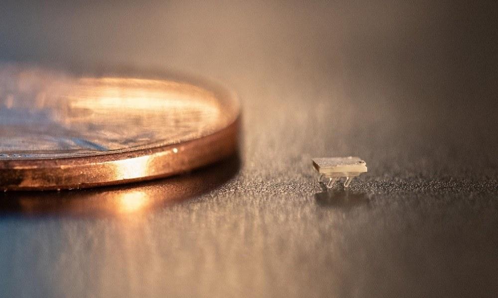 Viral: Κατασκευάστηκε ρομπότ σε μέγεθος… μυρμηγκιού (vid)