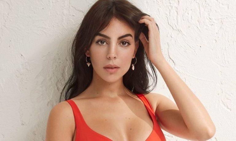 Τζορτζίνα Ροντρίγκες: Η σειρά εσωρούχων της σε… βγάζει από τα ρούχα σου! (vid)