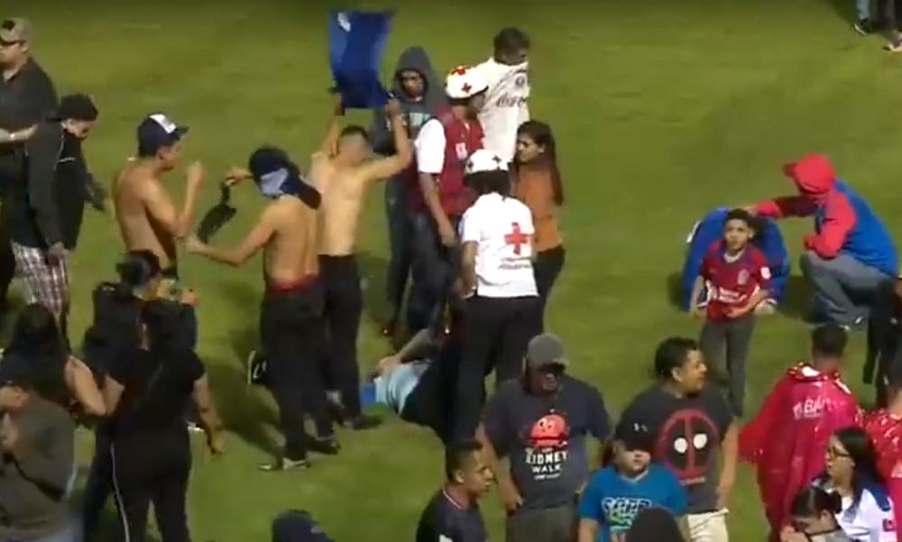 Σοκ στην Ονδούρα: Τρεις νεκροί σε επεισόδια (vid)