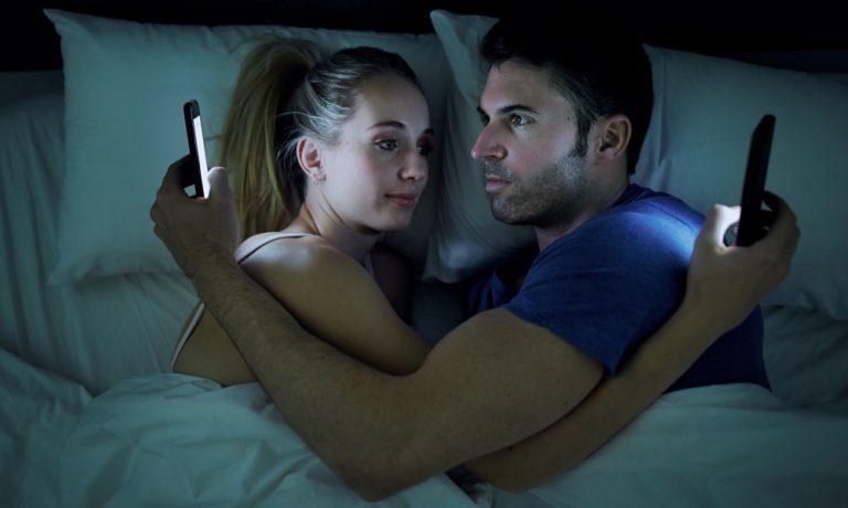 Έρχεται το τέλος του ελεύθερου πορνό στο ίντερνετ