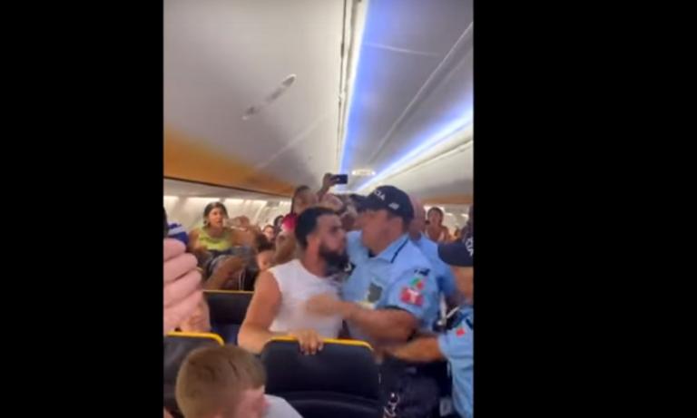 Σκηνές χάους σε πτήση της Ryanair! (vid)