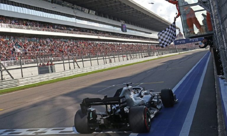Formula 1: Σπουδαία νίκη στο Σότσι ο Χάμιλτον (vids)