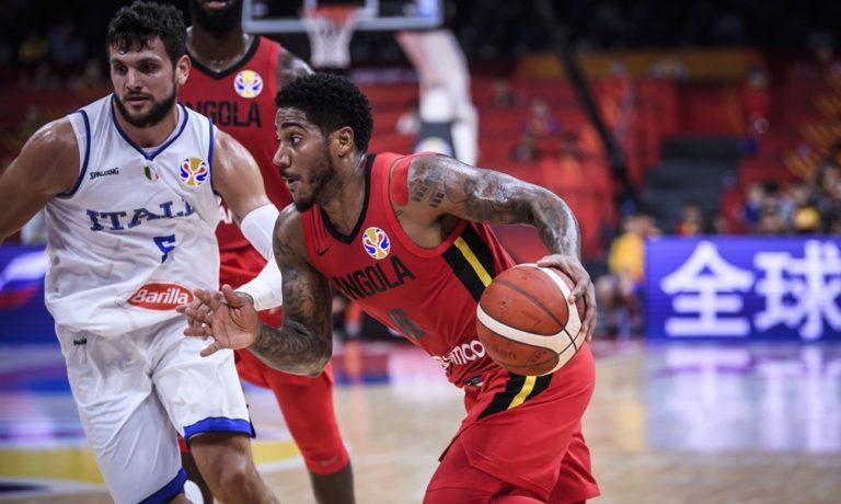 Μουντομπάσκετ: Τρομερή «κουτουλιά» στον Τζεντίλε (vid)