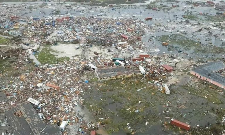 Μπαχάμες – Κυκλώνας: «Εξαφανίστηκε» το αεροδρόμιο του Φρίπορτ (vid)