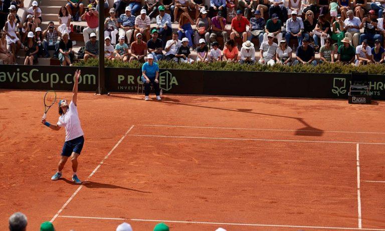 Davis Cup: Νίκη ανόδου πέτυχε ο Τσιτσιπάς