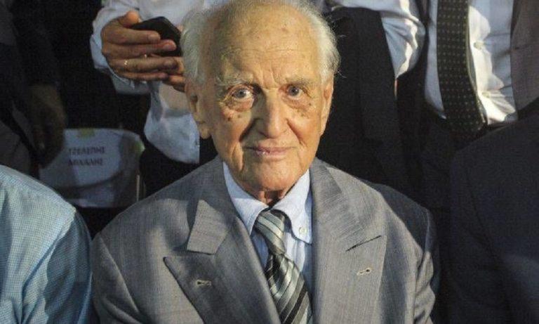 ΠΑΣΟΚ: «Έφυγε» από τη ζωή ο Αντώνης Λιβάνης